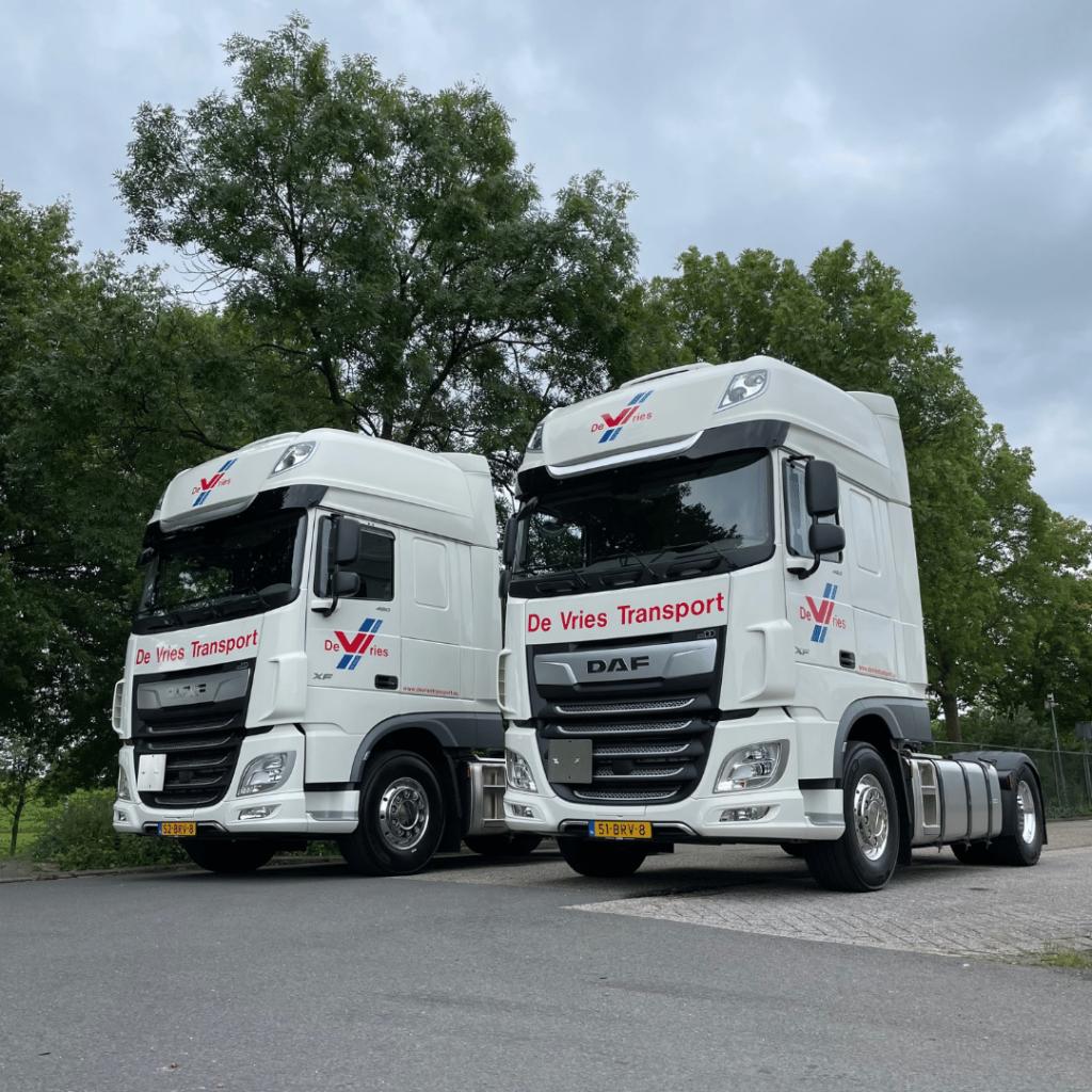 De Vries Transport B.V. - Loven Trucks - DAF XF480 FT Super Space Cab
